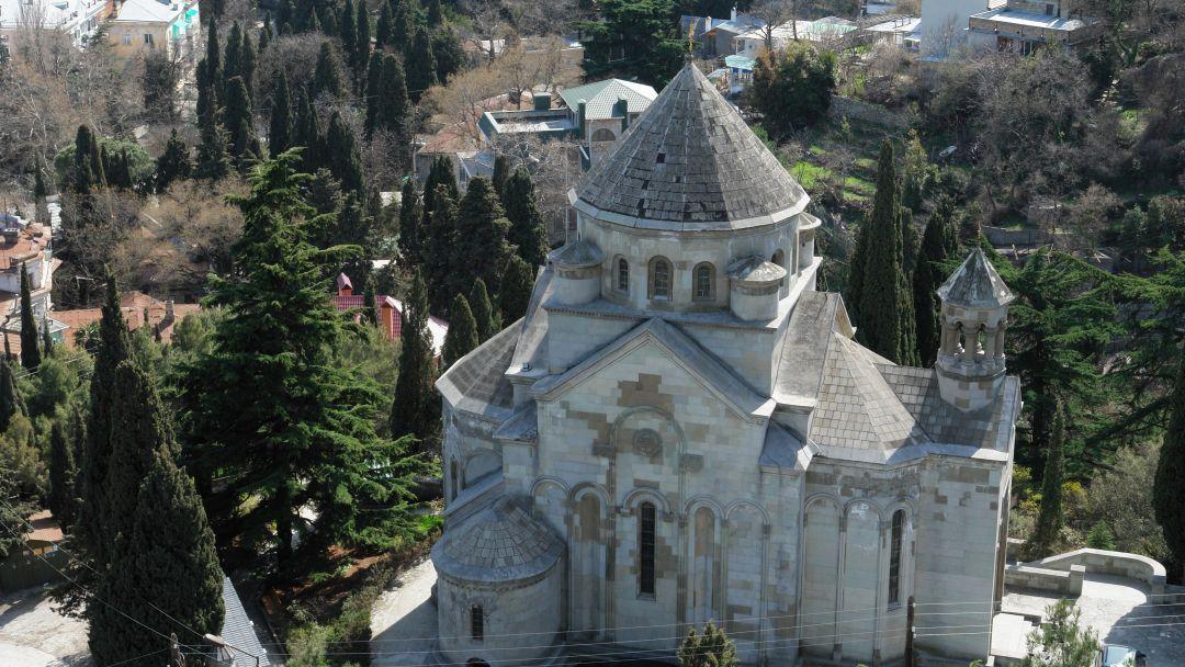 История храмов Ялты - фото 1