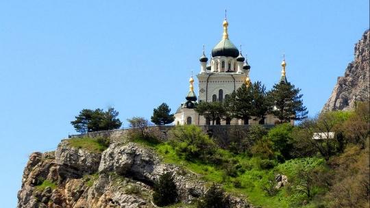 Экскурсия на Ай-Петри и по живописным местам ЮБК - фото 4