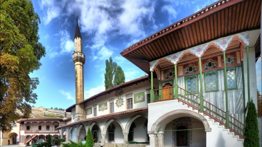 Экскурсия Бахчисарай и Ханский дворец по Учкуевке