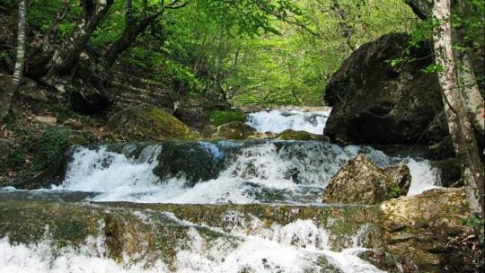 Водопад Джур-Джур и каньон реки Арпат - фото 2