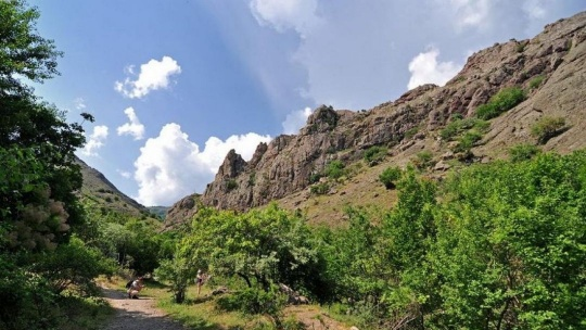 Водопад Джур-Джур и каньон реки Арпат - фото 5