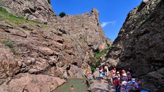 Водопад Джур-Джур и каньон реки Арпат - фото 6
