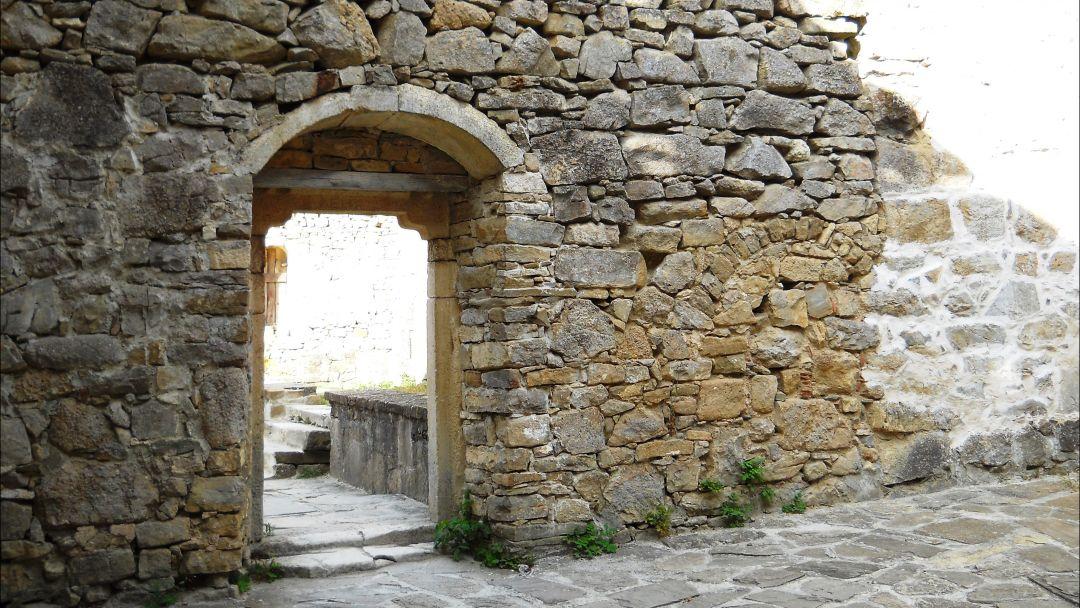 Монастыри Топлы и Сурб-Хач - фото 3