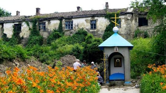 Монастыри Топлы и Сурб-Хач - фото 7
