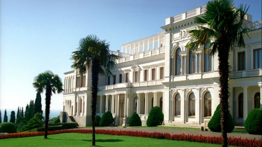 Экскурсия Царские имения Ливадия – Ореанда по Ливадии