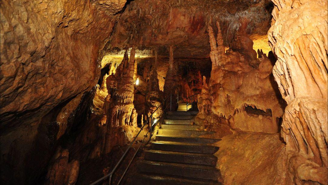 Пещеры Крыма из Ливадии - фото 1