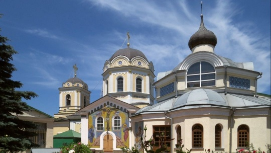 Экскурсия Топловский монастырь и Собор Святой Троицы в Симферополе по Ореанде