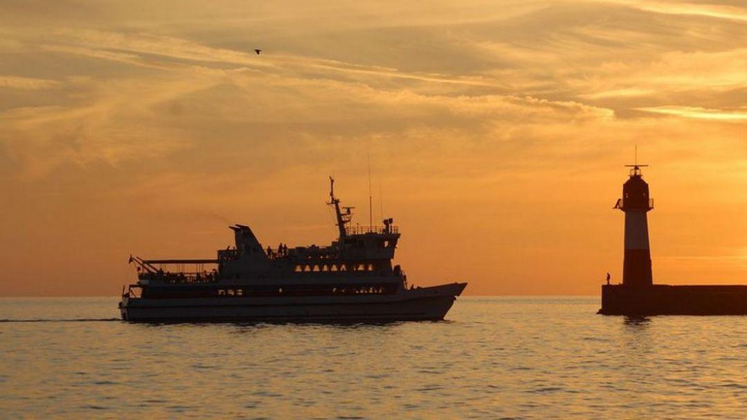 Морская прогулка на корабле - фото 3
