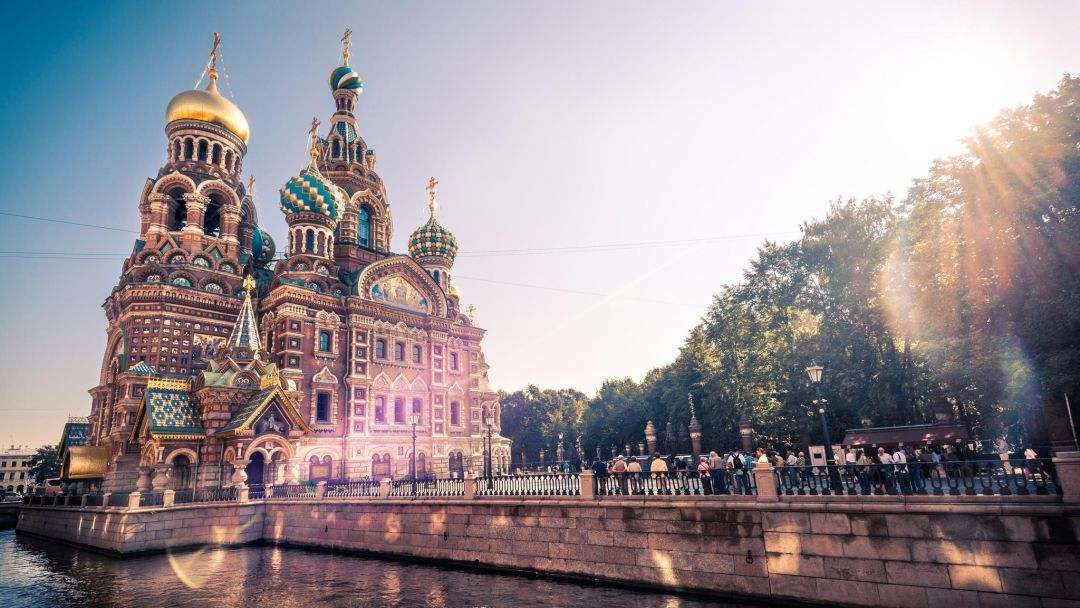Обзорная экскурсия по Санкт-Петербургу - фото 1