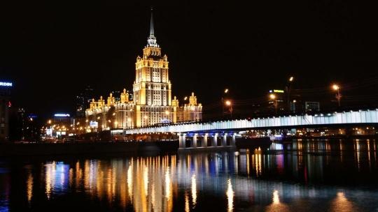 Огни Москвы: обзорная экскурсия по вечерней Москве - фото 3