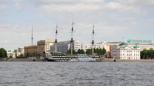 Экскурсия Дворцовая пристань: Каналы Северной Венеции в Санкт-Петербурге