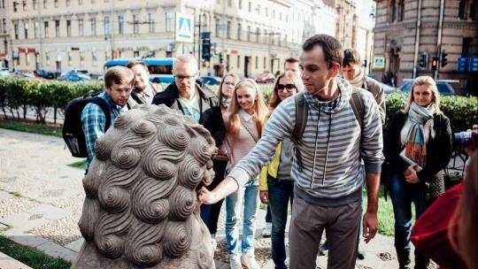 Пешеходная обзорная миксированная экскурсия по городу с частным гидом - фото 2