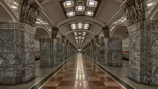 Экскурсия по станциям первой очереди Петербургского Метрополитена - фото 2