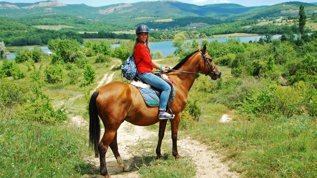 Конные прогулки, маршрут: Пещерный город Эски - Кермен - фото 1