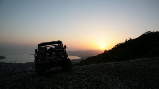 Экскурсия Джип тур: вечерний Геленджик в Геленджике