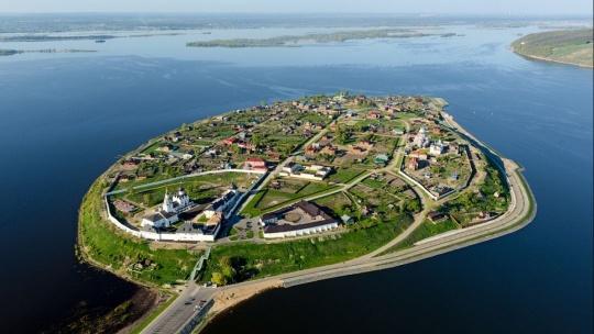 Экскурсия Остров-град Свияжск + Иннополис  по Казани