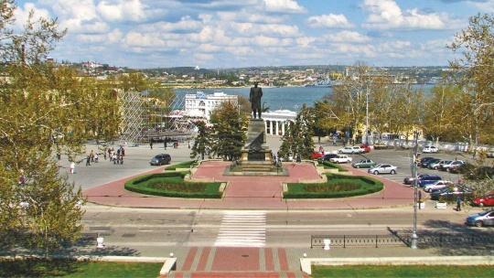 Площадь Нахимова по Севастополю