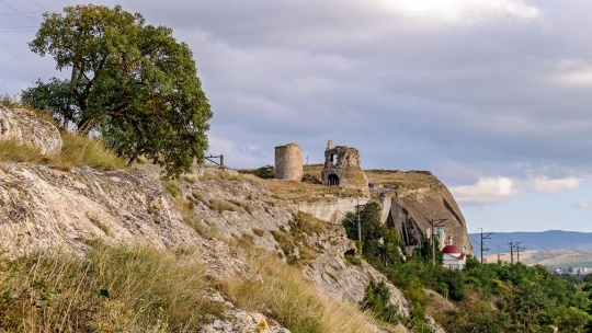 Крепость Каламита по Курпатам