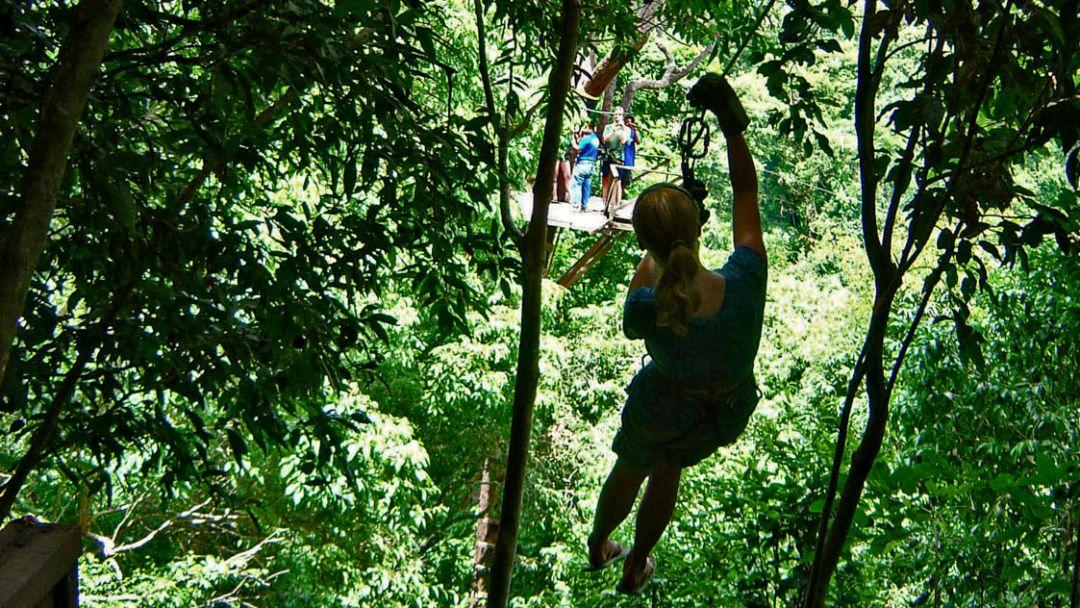 По канатам над джунглями - фото 1