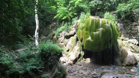 Водопад Серебряные струи по Севастополю