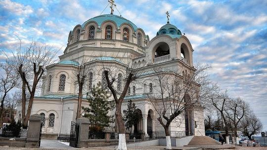 Собор Святителя Николая Чудотворца в Алуште