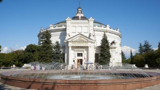"""Панорама """"Оборона Севастополя"""" в Симеизе"""