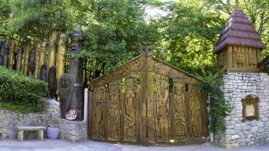 Поляна сказок по Севастополю