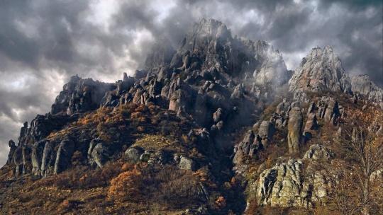 Долина Привидений в Ялте