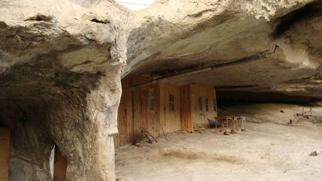 Монастырь святого Феодора Стратилата (Челте́р-Коба́) в Бахчисарае
