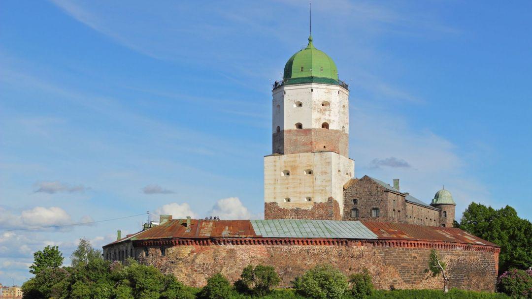 Выборгский замок в Санкт-Петербурге