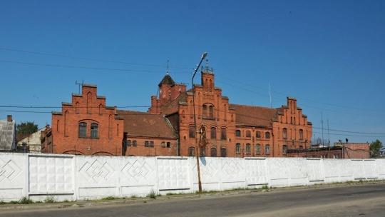 Замок Тапиау по Калининграду
