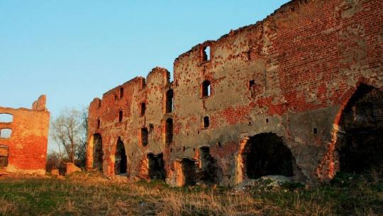 Замок Бранденбург по Калининграду