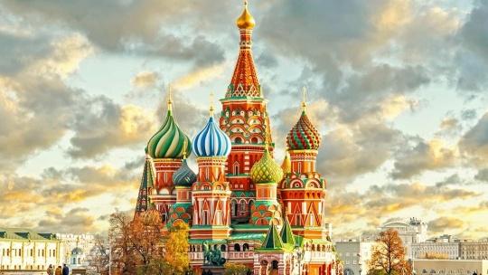 Храм Василия Блаженного по Москве