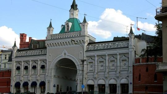 Третьяковские ворота по Москве
