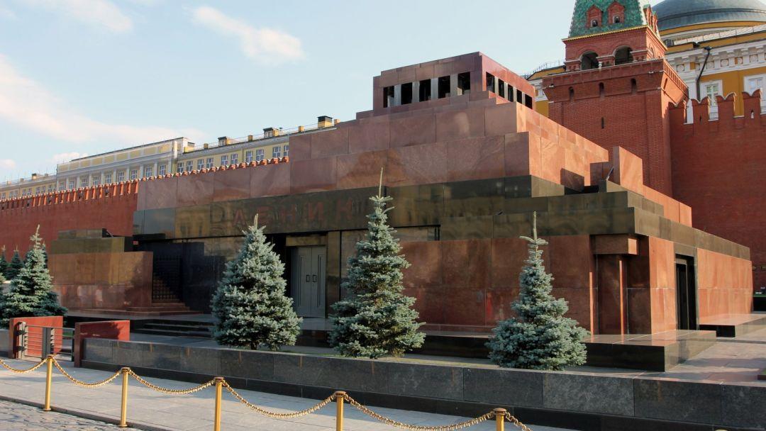 Мавзолей Ленина по Москве
