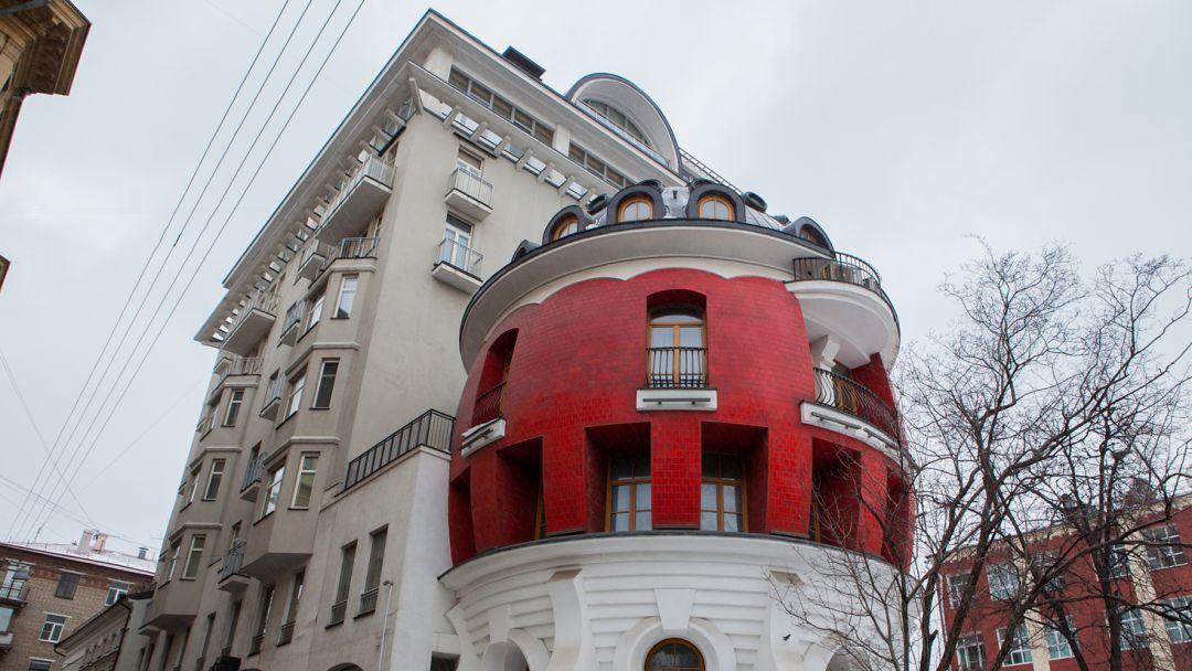 Дом-яйцо по Москве