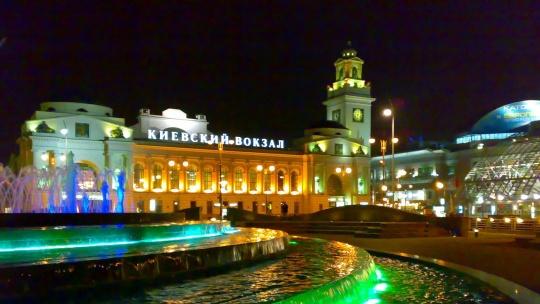 Площадь Европы (Москва) по Москве