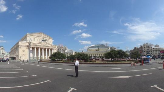 Театральная площадь (Москва) по Москве