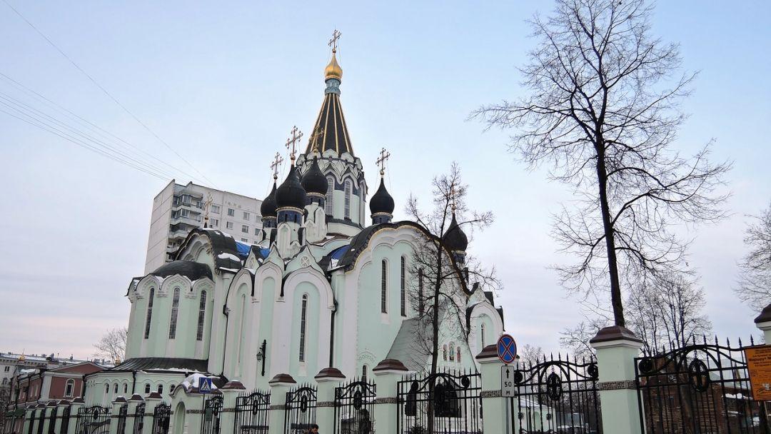 Храм Воскресения Христова в Сокольниках по Москве