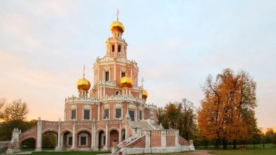 Церковь Покрова в Филях по Москве