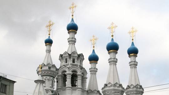 Церковь Рождества Богородицы в Путинках по Москве
