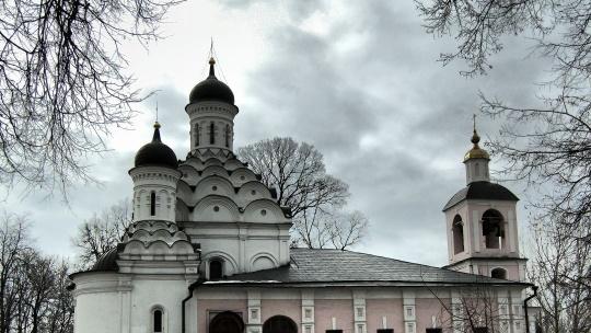 Храм Живоначальной Троицы в Хорошёве по Москве
