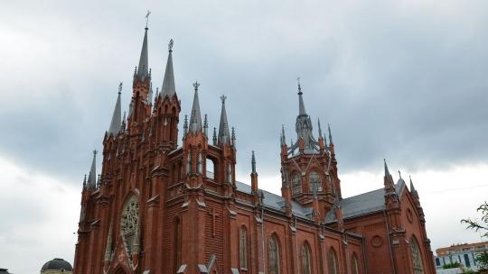 Собор Непорочного Зачатия Пресвятой Девы Марии (Москва) по Москве