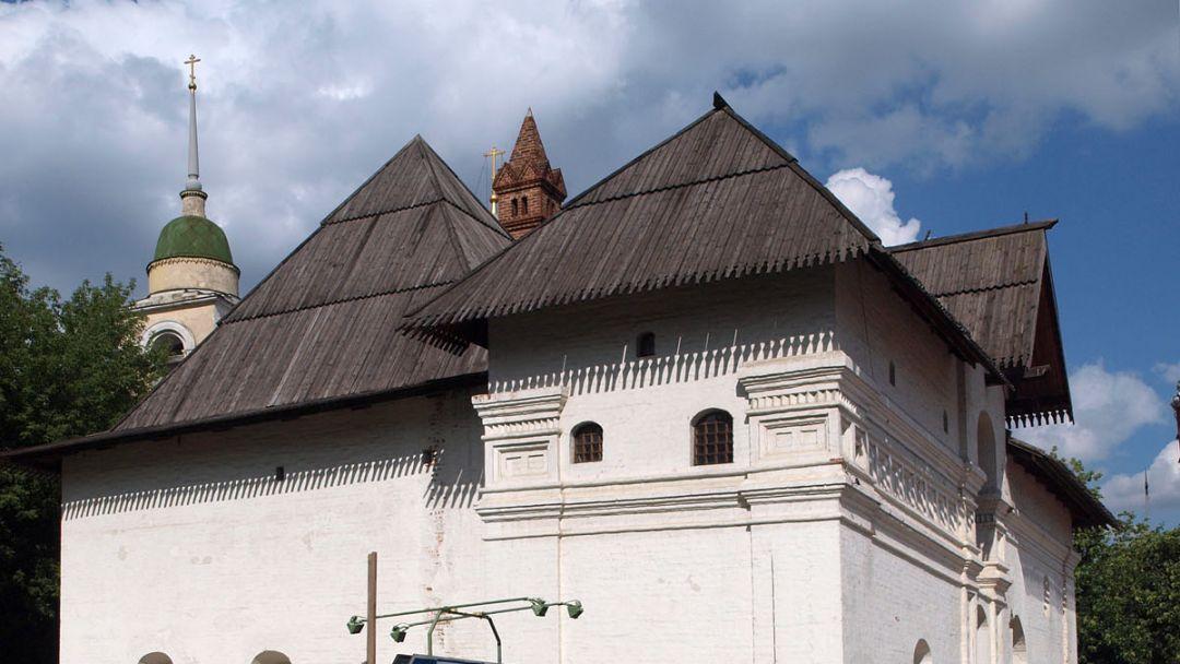 Старый английский двор по Москве