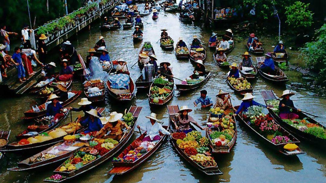 Плавучий рынок за городом - фото 4