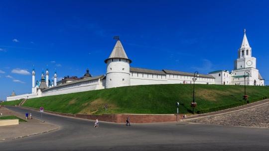Казанский кремль по Казани