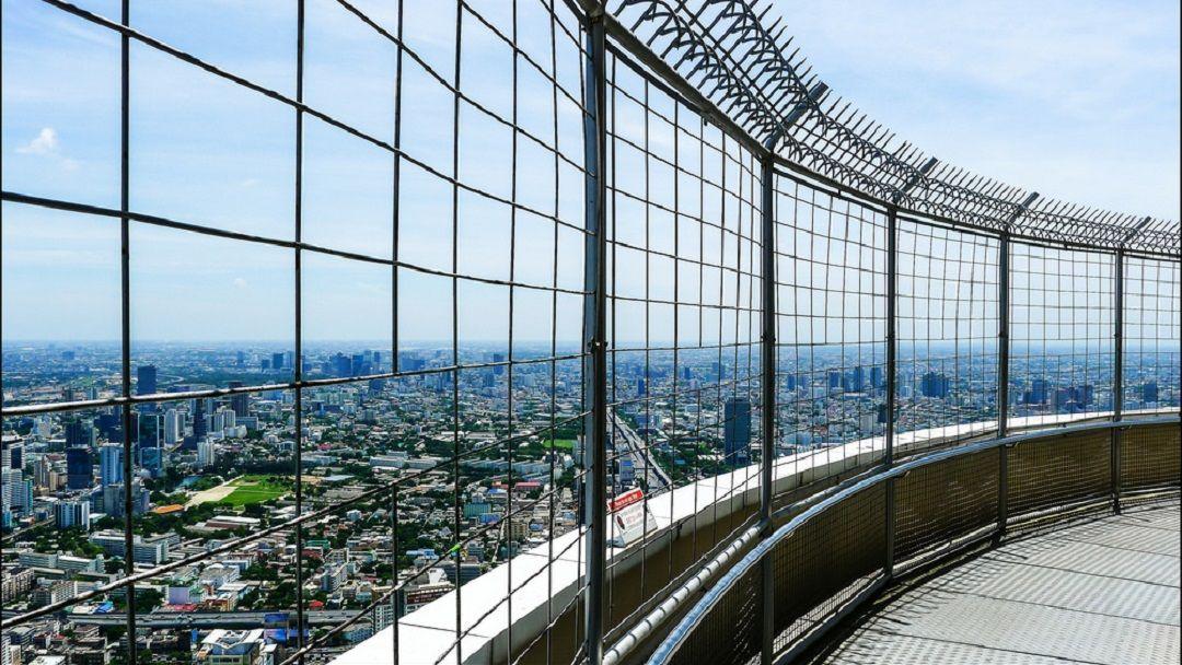 Обед на башне Baiyoke Sky - фото 2