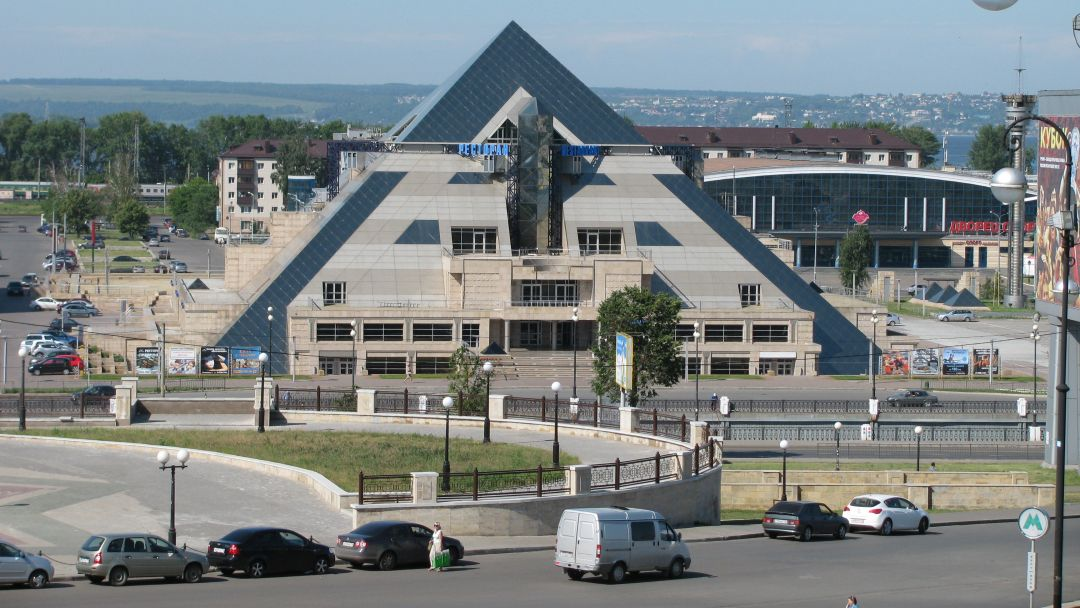 Пирамида по Казани