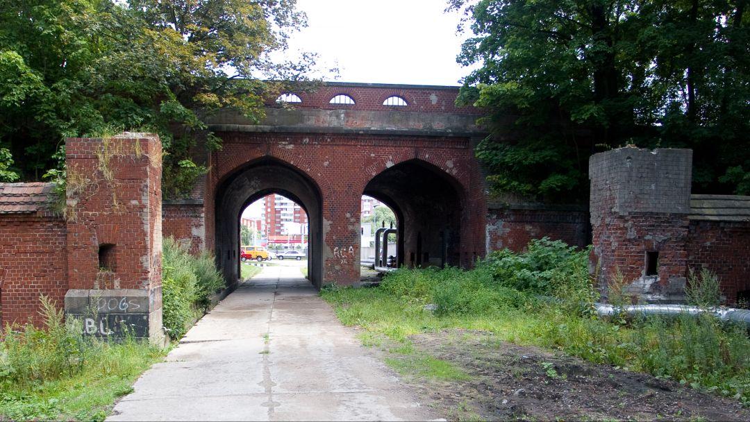 Железнодорожные ворота по Калининграду