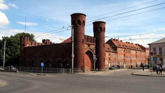 Закхаймские ворота по Калининграду